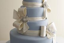 Cakes / by Carla Nichols