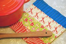 Quilts - Pot Holders / by Lynda Dodd