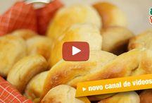 pães , pizzas , lanchinhos e biscoitos / by Maura Chueri