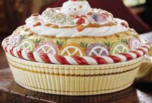 Pie Carriers & Keepers & Pans & Plates / by Barbara Davis