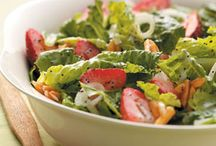 salads / by Kim Knipe