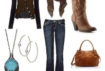 Cowgirl boot outfits  / by Lorina Robles