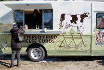 Food Trucksss! / by Gisela Coppola