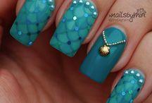 Nails! / by Vicky Hallam