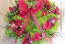 Wreaths / by Nicole Crocker