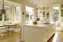 Kitchens / by Robin Sauls