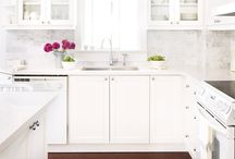 I'm Dreaming.. Of A White.. KITCHEN! / by Kelly Bragg