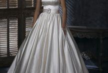 Beautiful dresses  / by fiorella montalva