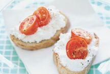 Looks Yummy - Breakfast / by Charlotte Unger