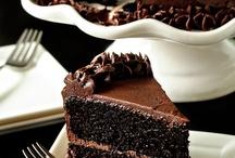 Cakes / by Joyce Spivey