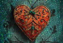 Beads n' baubles / by Jerri Gullion