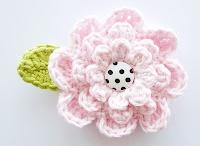 ✿ crochet tutorials flowers ✿ / Tutorials for flowers / by Jeannette