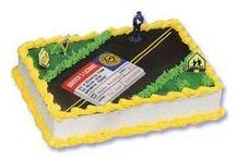 Teenage Boys Birthday Cakes / by Joan Mclain