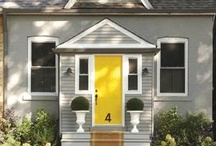 Exterior paint colors / by Lindsay Conner