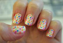 nails / by Riley Moreno
