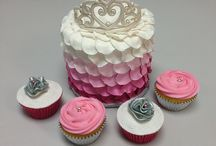 Special cakes & cupcakes(birthday,etc.) / by Donna Swaw Landers