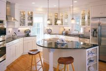 Kitchens and livingrooms / by Dana Engel
