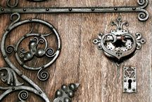 Door Loves / by Gail Sneddon