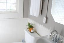 Bathroom / by Heidi Charm