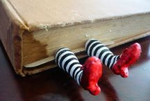 Bookmark DIY / by Zombie Leah