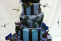 Wedding Cakes / by Alona Purves