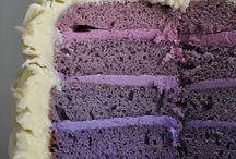Cake / by Peggy De Leeuw
