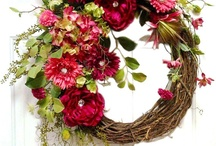 Wreaths & Door Hangers / by Style Trends