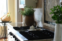 KITCHEN / Here are some beautiful kitchens ideas and DIY projects. / by Jaimary Figueroa