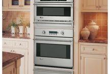 Bill's Dream Kitchen / by Holloways Appliance Center