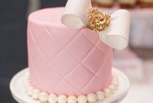 Cake!! / by Tracey Marshall