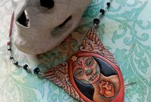 Awesome Leatherwork / Awesome Leatherwork -- some things that inspire me.   / by Lorraine McKee