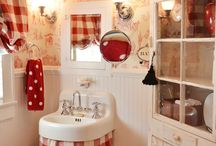bathrooms / by Stephanie Guice