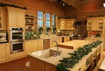 kitchen envies / by Tracy Nassida
