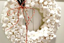 Wreaths / by Cathy Merrin Zavala