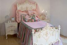 Ava's room / by Amalia Hall