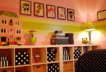 decorating childrens rooms / by Carol Whitfield