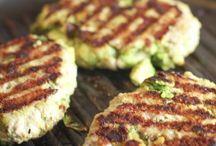 Burgers / Yummy juicy, meaty burgers / by Mama Maggie's Kitchen - Maggie Unzueta