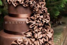 Ruffled wedding cakes / by Jenniffer White