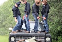 Redneck wedding photo ops / by Trudy Corle-Ferrante