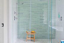 Home Sweet Home: Bathrooms / by Jamie Sybert