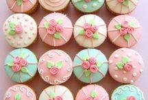 Cake & Cookie Art  / by Gwyneth Bias