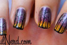 Fingernails and Toenails / by Christi Barnes