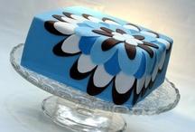 For the L♥VE of Cake .•*`♥ / .{recipes, ideas & tips}. / by Julie Gottbehuet