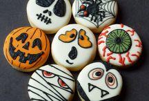 Halloween Cookies / by Dawn Schwanke