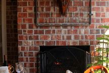 Fireplaces/Mantels / by Debby Jennings