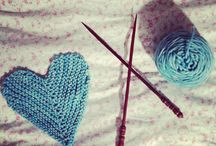 knitting vs crocheting / by Daniela Plattner