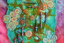 Textiles y tejidos / by Ines Cadavid