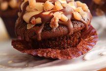 Cakes, Cupcakes, Cookies / by Kathy Biggerstaff