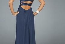 Dresses and Gowns / by Leni De Leon