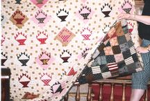 Ideas for Basket Quilts / by Elizabeth E.